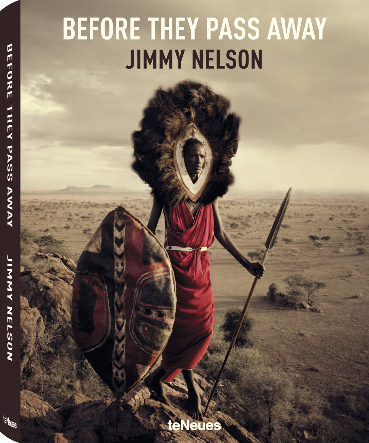 © Before They Pass Away by Jimmy Nelson, published by teNeues, www.teneues.com. Maasai, Tanzania, Photo © Jimmy Nelson Pictures BV, www.jimmynelson.com, www.facebook.com/jimmy.nelson.official