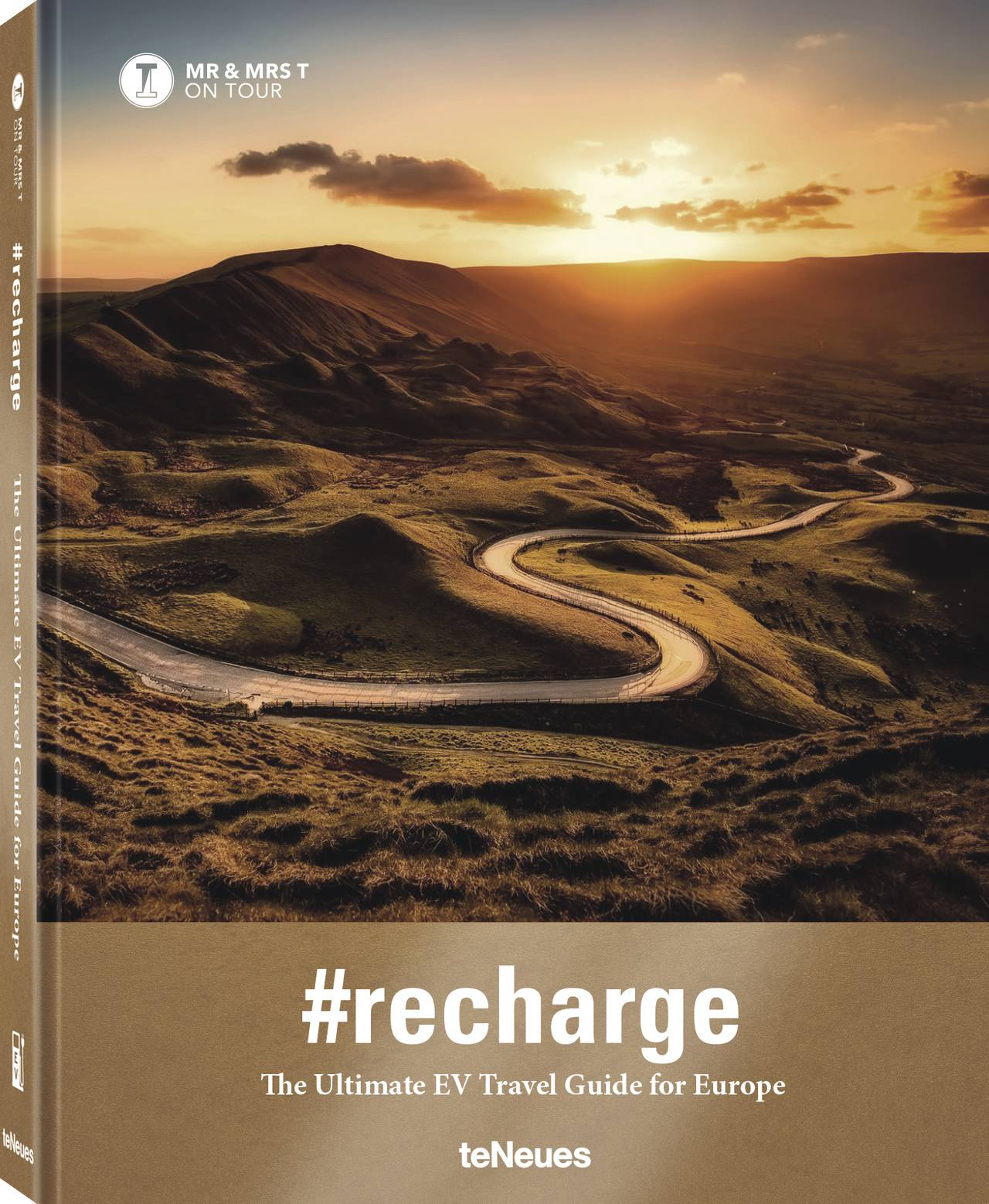 © #recharge - The Ultimate EV Travel Guide for Europe - MR & MRS T ON TOUR, Ralf Schwesinger & Nicole Wanner, published by teNeues, www.teneues.com  Photo © David Mark at Pixabay