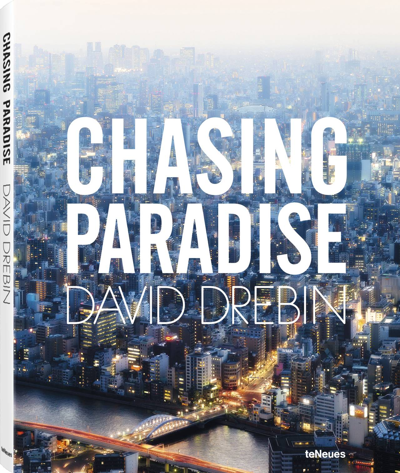 © Chasing Paradise by David Drebin, published by teNeues, www.teneues.com. Tokyo Nights, 2015, Photo © 2015 David Drebin. All rights reserved.