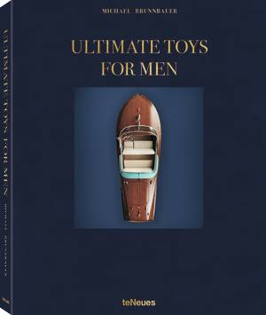 © ULTIMATE TOYS FOR MEN by Michael Brunnbauer, published by teNeues,  www.teneues.com. ARISTON, Riva, The Rolls-Royce of the Sea, Photo © René Staud, STAUD STUDIOS GmbH, Leonberg, www.staudstudios.com