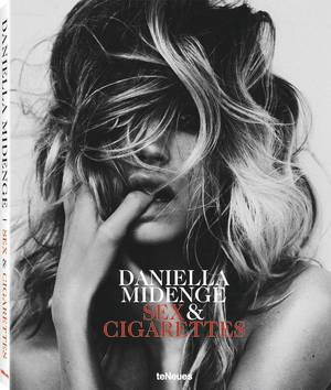 © Sex & Cigarettes by Daniella Midenge, published by teNeues, www.teneues.com, Chloe, Hamburg, 2014, Photo © 2017 Daniella Midenge. All rights reserved. www.midenge.com