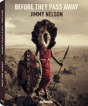 © Before They Pass Away by Jimmy Nelson, Small Format Edition, published by teNeues, www.teneues.com. Maasai, Tanzania, Photo © Jimmy Nelson Pictures BV, www.jimmynelson.com, www.facebook.com/jimmy.nelson.official