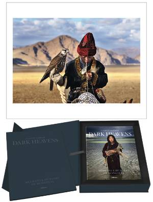 © Collector's Edition Dark Heavens - Shamans & Hunters of Mongolia by Hamid Sardar, published by teNeues, www.teneues.com, Photo © 2016 Hamid Sardar. All rights reserved. www.hamidsardarphoto.com